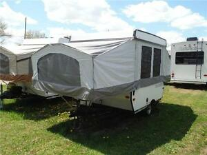 2013 Palomino 8CLS 8' Tent Trailer - Sleeps 5- Only 1273LBS!!! Stratford Kitchener Area image 2
