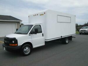 2009 Chevrolet Express Commercial Cutaway 3500