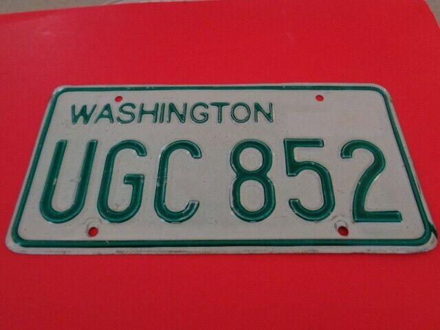 1968-1982 Washington State WA,WN Passenger license plate UGC-852 YOM