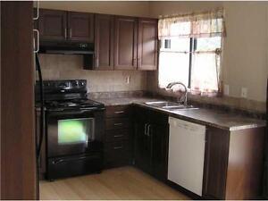 1050 Sqft 3 Bedroom for rent Okotoks Available Immediately