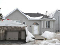 IMPECABLE DETACHED BUNGALOW ,CHOMEDEY LAVAL