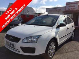 FORD FOCUS LX 16V ONLY 73,000 MILES NEW MOT, CAMBELT REPLACED (white) 2005
