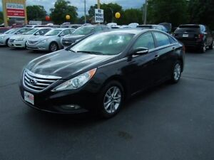 2014 HYUNDAI SONATA GLS - SUNROOF, HEATED SEATS, REAR VIEW CAMER