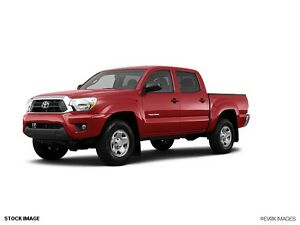 Buying Green/Red Toyota Tacoma 2007+ 120,000km or less