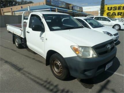 2005 Toyota Hilux GGN15R SR White 5 Speed Manual Cab Chassis Wangara Wanneroo Area Preview