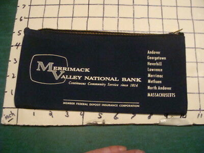 Vintage Orig Bank Bag    Merrimac Valley National Bank    Mass Blue W Zipper