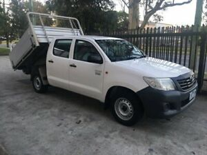 Toyota Hilux Dual Cab AUTOMATIC 2.7 Workmate TIPPER Seven Hills Blacktown Area Preview