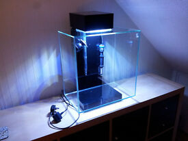 Fluval Edge 2 46L with extras Aquarium with Brand new Unused Light