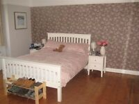 Modern full furnished 1 bed property in Kingston road SW20!! close to station!!!