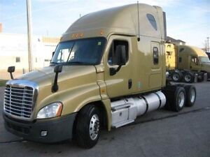 Call Syed for 2013 Freightliner Cascadia 72' double bunk,Automat
