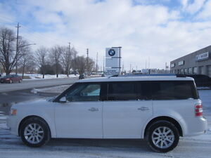 ONE OWNER !!!  7 PASSENGER !! 2009 FORD FLEX SEL