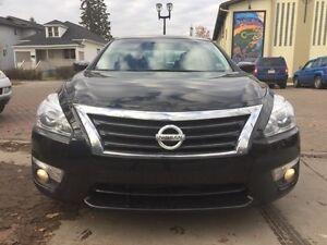 2014 Nissan Altima 2.5 SV Very Clean!! Edmonton Edmonton Area image 2