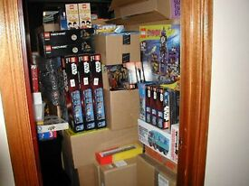 New and sealed, vast Lego Collection, over 490 sets Current and discontinued.
