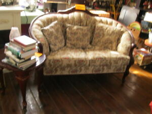 HUGE ANTIQUE & COLLECTABLE AUCTION SUN. SEPT.23RD 11:AM AT DODDS