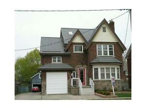 Charming UPPER Level 2bdr. 2bath UNIT w/Attic in Duplex