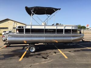 2017 Berkshire 22RFC CTS With Yamaha 115HP