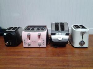 Wide variety of TOASTERS and TOASTER OVENS for sale MODERN RETRO VINTAGE / Sélection variée de GRILLE-PAINS à vendre