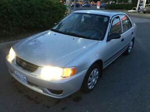 2000 toyota corolla CE with Safetied&Etested Mint NO RUST