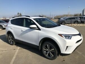 2018 Toyota RAV4 LE - AWD, Heated Seats!