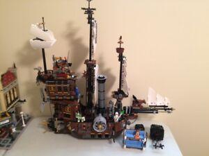 Lego Movie 70810 Metalbeard's Sea cow and 70900 Getaway Glider