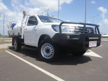 2015 Toyota Hilux KUN26R MY14 SR Glacier White 5 Speed Manual Cab Chassis