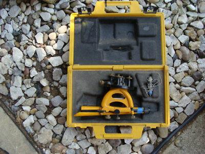 Berger Instruments 200 Survey Surveying Scope Transit Level With Hard Case