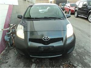 2009 Toyota Yaris LE Oakville / Halton Region Toronto (GTA) image 2