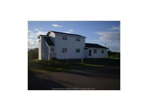 Large detached house WITH WATER FRONT Richibucto