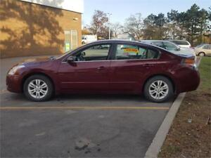 2012 NISSAN  ALTIMA  2.5SL.LEATHER BACK UP CAMER..CLEAN CARPROOF