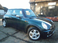 0505 MINI 1.6 ONE PEPPER PACK AUTOMATIC RACING GREEN 1/2 LEATHER SPORTS SEATS