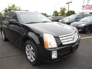 2007 Cadillac SRX, 7 seater, power seats! luxurious!