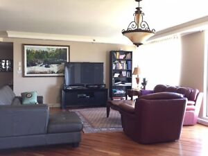 Downtown Montreal luxury condo for rent 2100sq ft