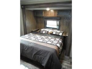 2017 Puma 32FBIS 2 bedroom Travel Trailer with Outside kitchen Stratford Kitchener Area image 15