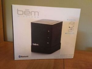 Bem Wireless Speaker and Docking Station Kitchener / Waterloo Kitchener Area image 3