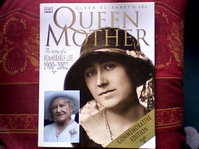 QUEEN MOTHER COMMEMORATIVE BOOK 2002 EDITION - NEW/UNUSED