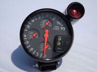 4in1 TACHOMETER WITH RED SHIFT LIGHT INCLUDING 3 EXTRA GAUGES