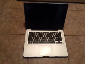"MacBook Pro 13"" Performance: Core i5 2,5GHz 16Go SSD/HDD 750 Go"