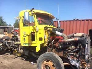 Peterbilt Cab | Find Heavy Equipment Near Me in Ontario : Trucks