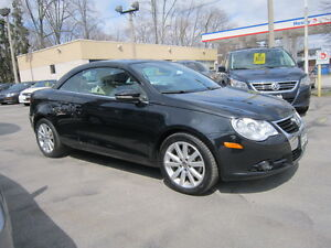 2010 Volkswagen Eos 2.0T TURBO Convertible LEATHER !!!!