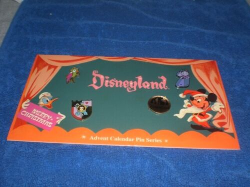 Disney 2005 DISNEYLAND ADVENT CALENDAR HOLIDAY 50th Anniversary LE Pin Set #5