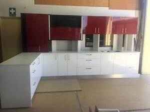 EX-DISPLAY KITCHEN WITH STONE BENCHTOP Clontarf Redcliffe Area Preview
