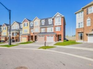 Beautiful End-Unit Freehold Townhouse in Brampton