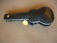 Kinsman KGC 8600 Premium Shaped ABS Classical Or Large Parlour Acoustic Guitar Case. New & Unused.