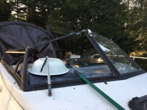 WANTED Trophy Starboard side Windshield and side window