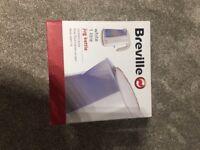 Breville white kettle - 1 litre