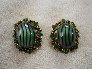 Vintage-Black-Striped-Green-Glass-Clip-Earrings-Emerald-Green-Rhinestones
