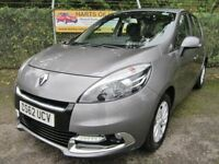Renault Scenic 1.5 Dynamique Tom Tom DCi 110 5DR Turbo Diesel MPV (oyster grey) 2013