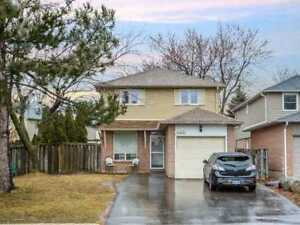 """3 BR 3 WR Detached in  Mississauga, near Sw Of W.Churchill & Ba"