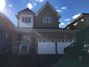 Large four bedroom 3.5 Washrooms Thornhill