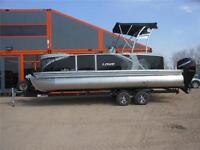 2015 Lowe Boats Xtreme Series 230 Privacy & Waketower